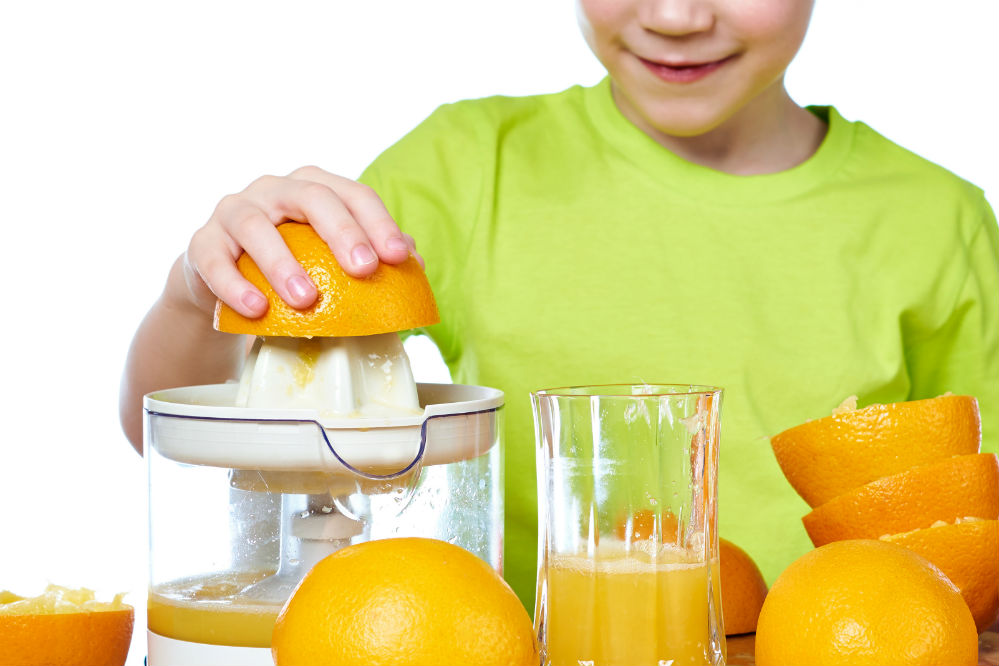Citrus Press vs Juicer: Which is Better?